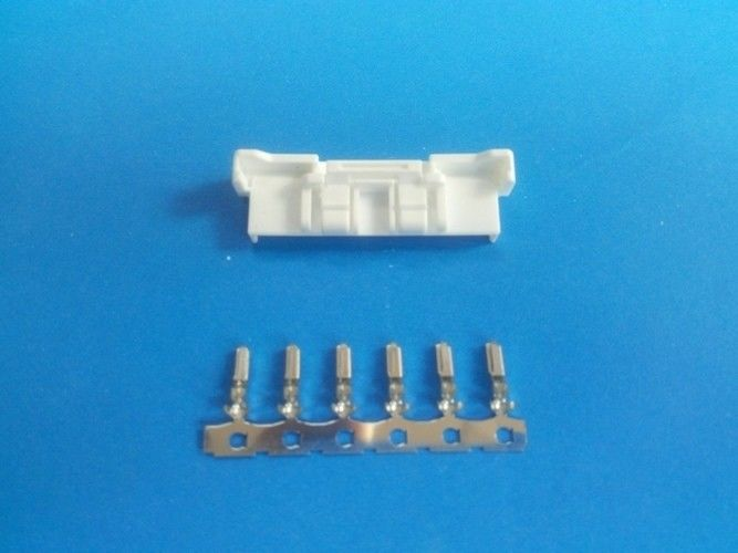 Pitch 2 0mm Wire To Wire Connector 4 15pin Awg22 26